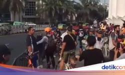 Viral Trotoar di Tugu Kujang Bogor Dipadati Warga Pagi Tadi, Ini Kata Wawalkot