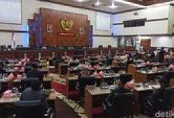 Tok! DPRA Resmi Interpelasi Plt Gubernur Aceh