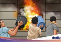 Ruko di Jalan Suryo Jaksel Kebakaran, 4 Unit Damkar Dikerahkan