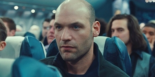 Corey-Stoll-in-Non-Stop-2014