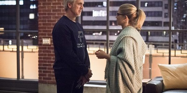 arrow-image-lost-in-the-flood-tom-amandes-emily-bett-rickards-600x401