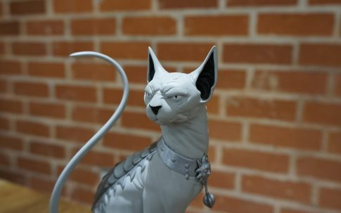 lying cat statue 2