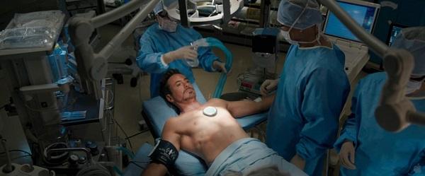 tony-stark-in-surgery