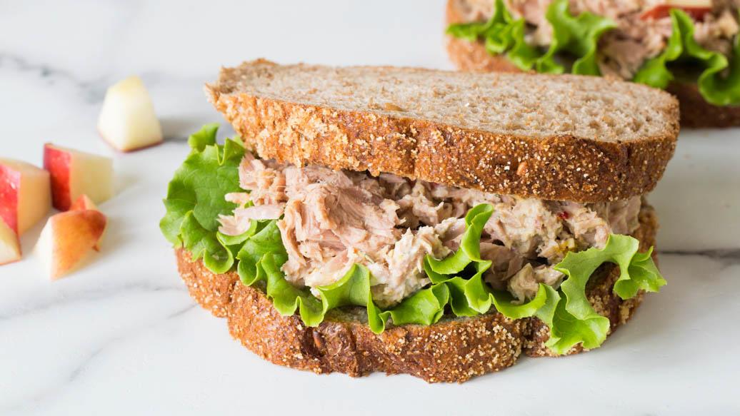 Apple & Tuna Sandwich