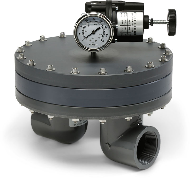 Precision Power Regulator With Low Temperature Coefficient