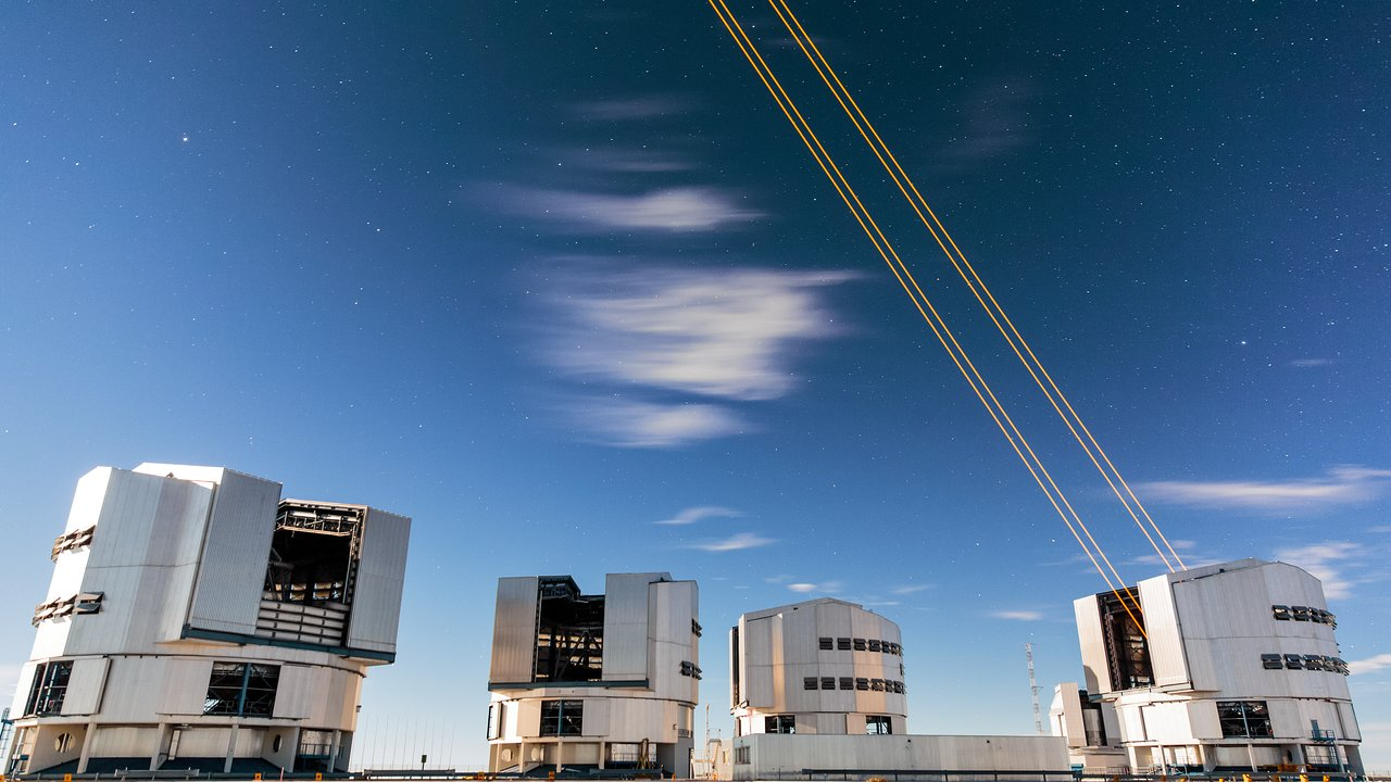 Four Lasers Over Paranal  ESO