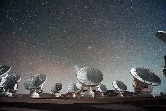 Resultado de imagen para Atacama Large Millimeter/submillimeter Array (ALMA),