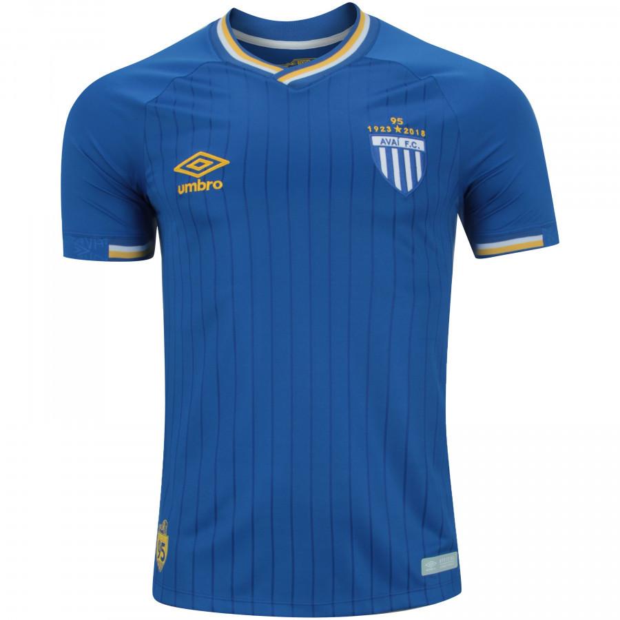 f0bda4b2e8 Simples e eficiente: a bela camisa 3 do Avaí, toda azul, ganhou a 17ª  colocação.