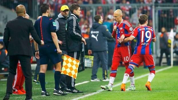 Robben Gotze Substituição Bayern Borussia Dortmund Copa da Alemanha 28/04/2015