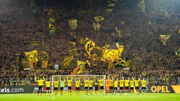 Borussia Dortmund Torcida Freiburg Campeonato Alemao 23/09/2016