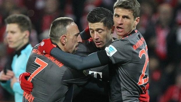 Bayern de Munique encara o lanterna