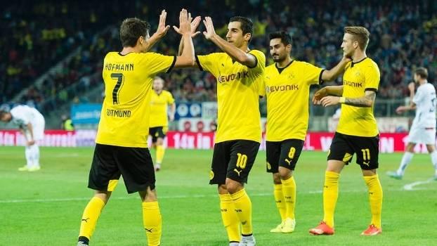 Hofmann comemora gol marcado pelo Borussia Dortmund