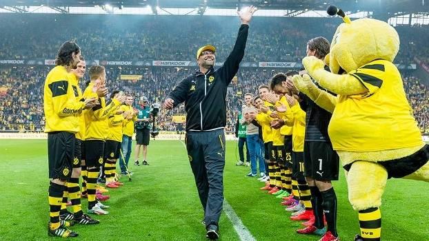 Klopp fez sua última partida no comando do Borussia Dortmund em casa