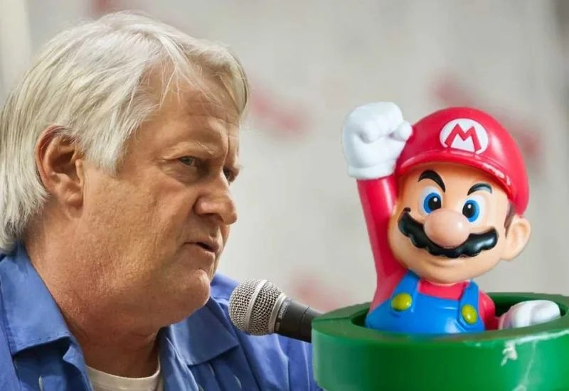 Charles Martinet Given World Record For 100 Mario Voiceovers | eTeknix