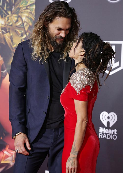 Jason Momoa Scrubs Up Well With His Wife For Justice
