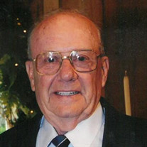 Thomas G Pitts