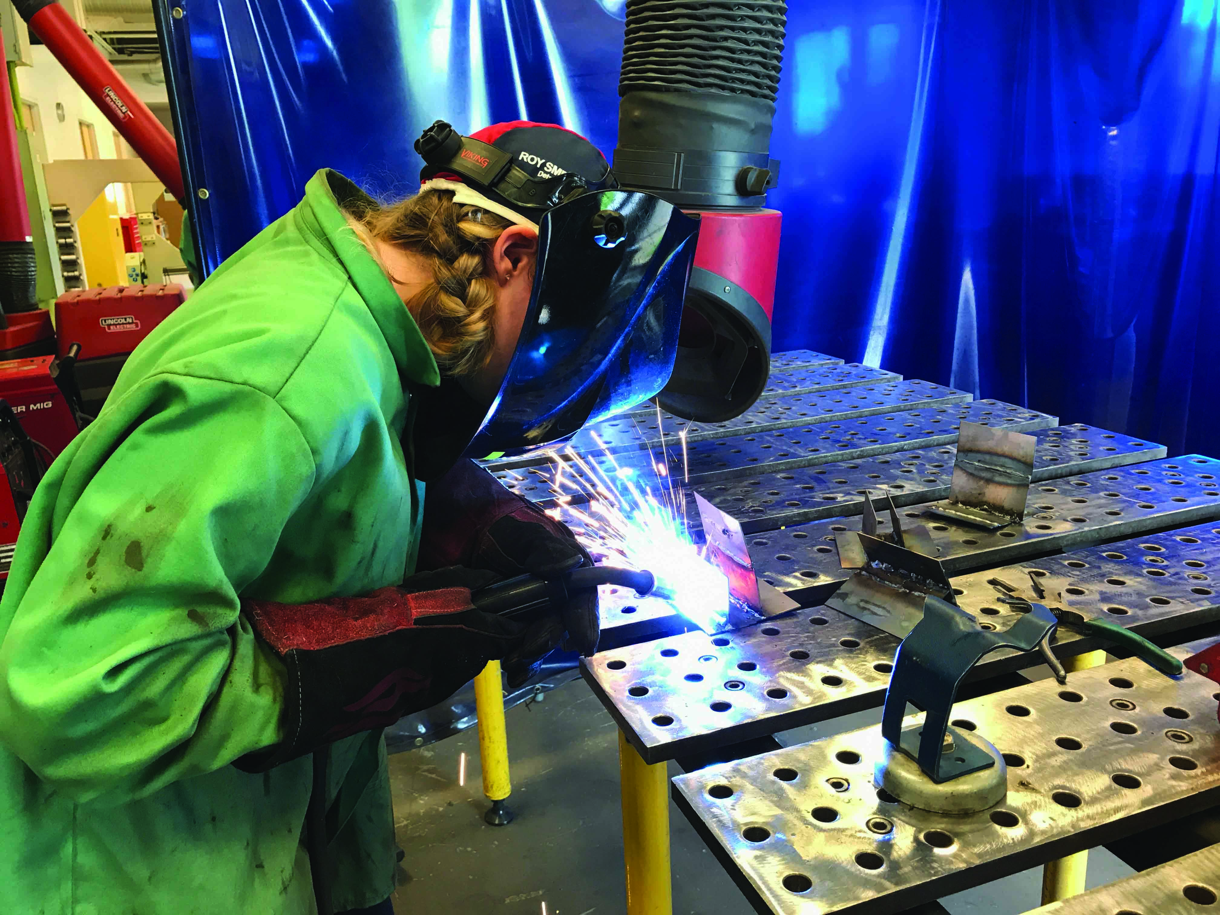 Job Outlook For Welders Women Who Weld Lighting The Way Out Of Poverty Fabtech U S A
