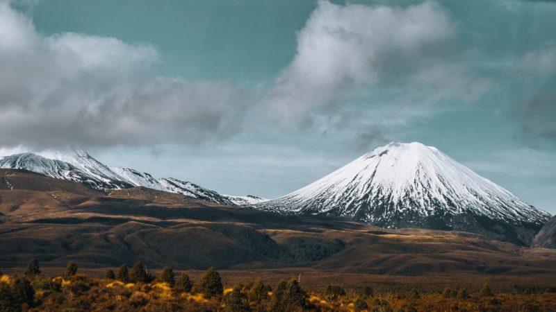 As montanhas também são atrações da Nova Zelândia.