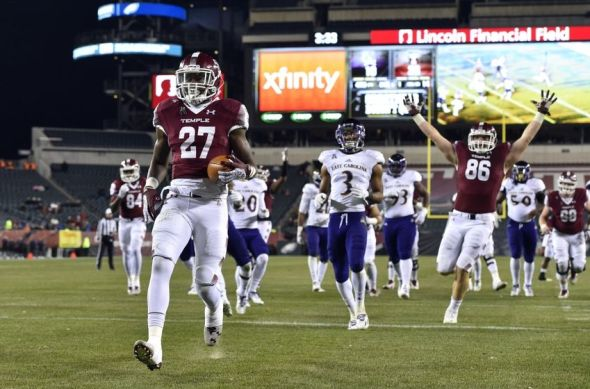 Nov 26, 2016; Philadelphia, PA, USA; Temple Owls running back Jager Gardner (27) carries the ball to score a touchdown during the fourth quarter against the East Carolina Pirates at Lincoln Financial Field. The Temple Owls won 37-10. Mandatory Credit: Derik Hamilton-USA TODAY Sports