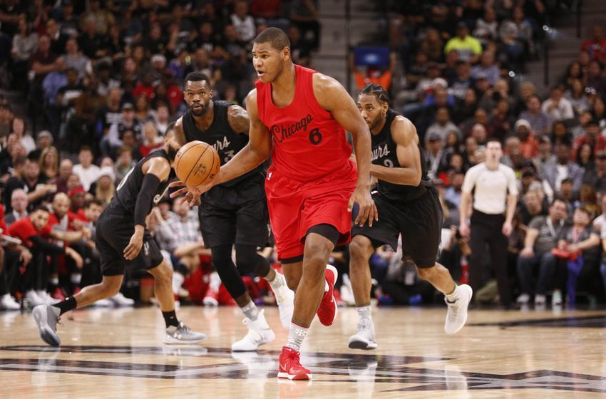 Dec 25, 2016; San Antonio, TX, USA; Chicago Bulls power forward Cristiano Felicio (6) brings the ball up the court against the San Antonio Spurs during the first half at AT&T Center. Mandatory Credit: Soobum Im-USA TODAY Sports
