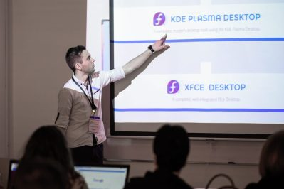 Angelo Lushka, a Fedora translator and user, introduces the different Fedora spins at the installfest for Linux Weekend 2017 in Tirana, Albania