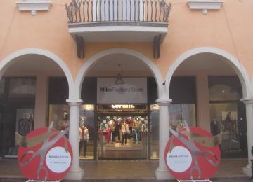 meet 9c60d 6114b Outlet Mantova Negozi