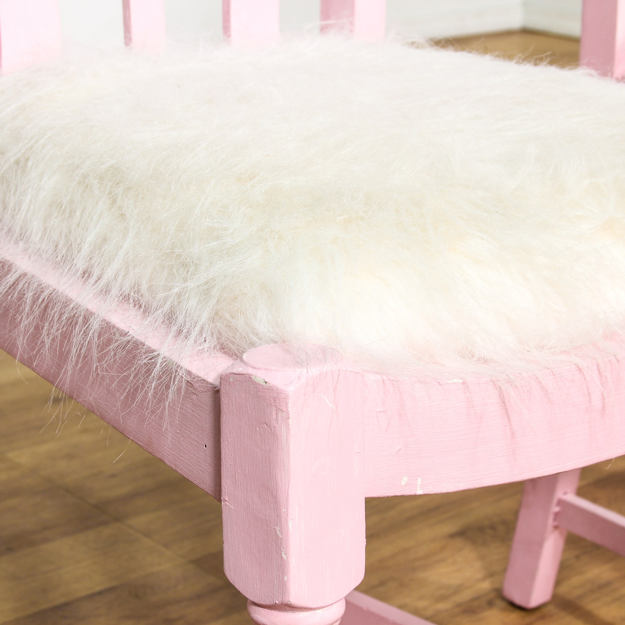Fuzzy White Chair Pair Of Pink Chairs W White Fuzzy Seats Loveseat