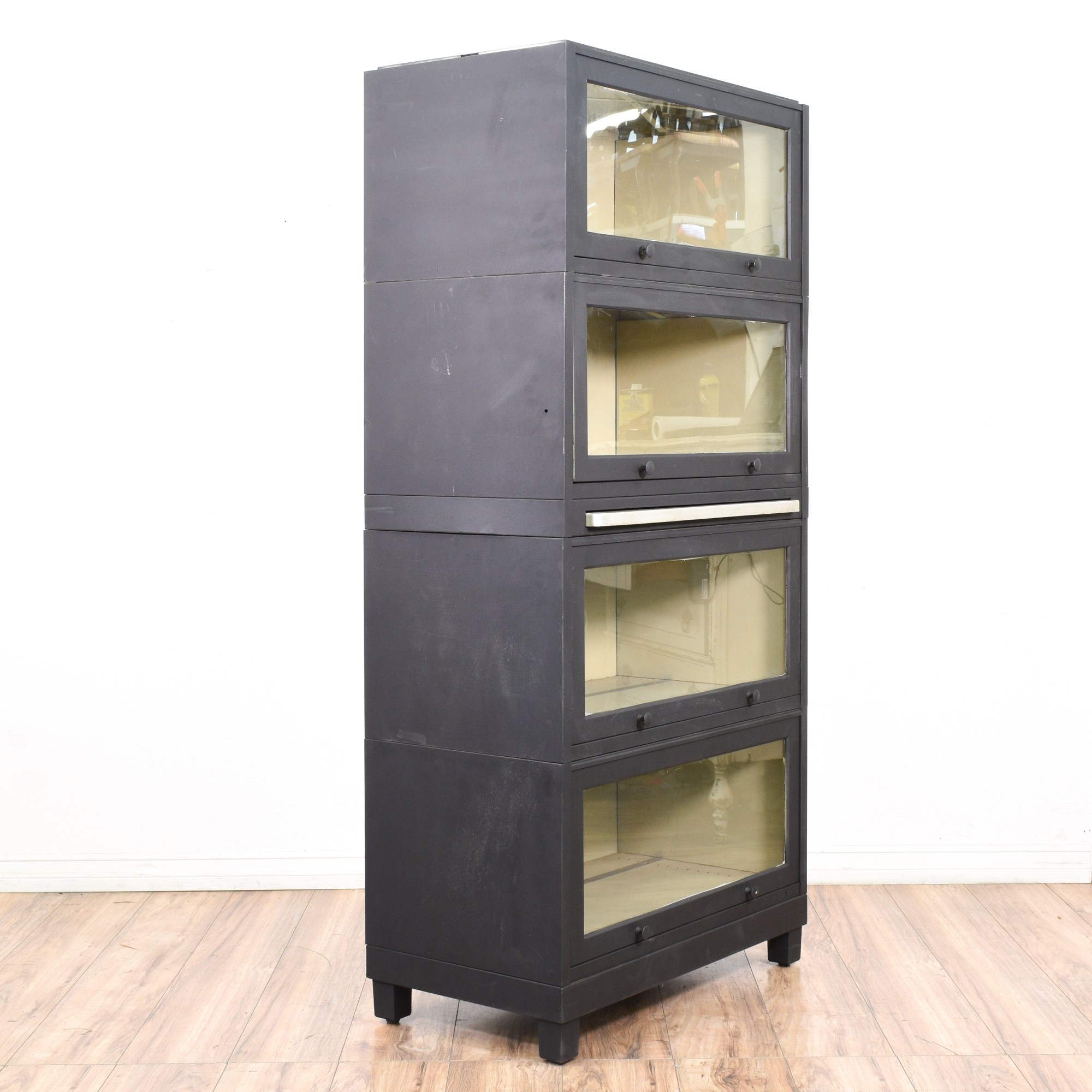 Black Metal Lawyer' Bookcase With Pull Surface
