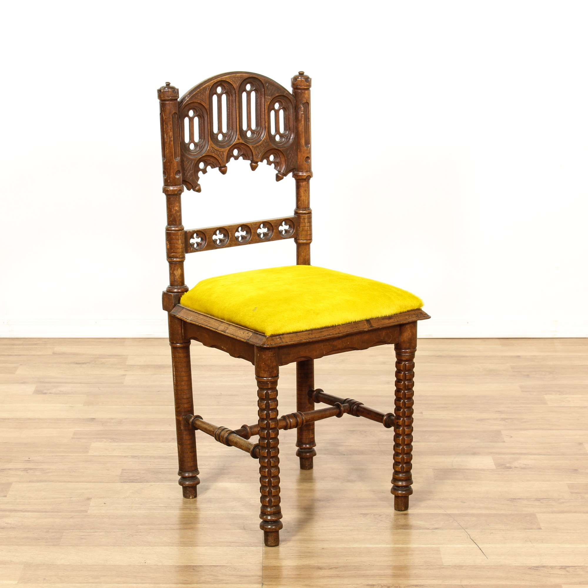 Yellow Side Chair 4 Yellow Upholstered Carved Gothic Side Chairs Loveseat