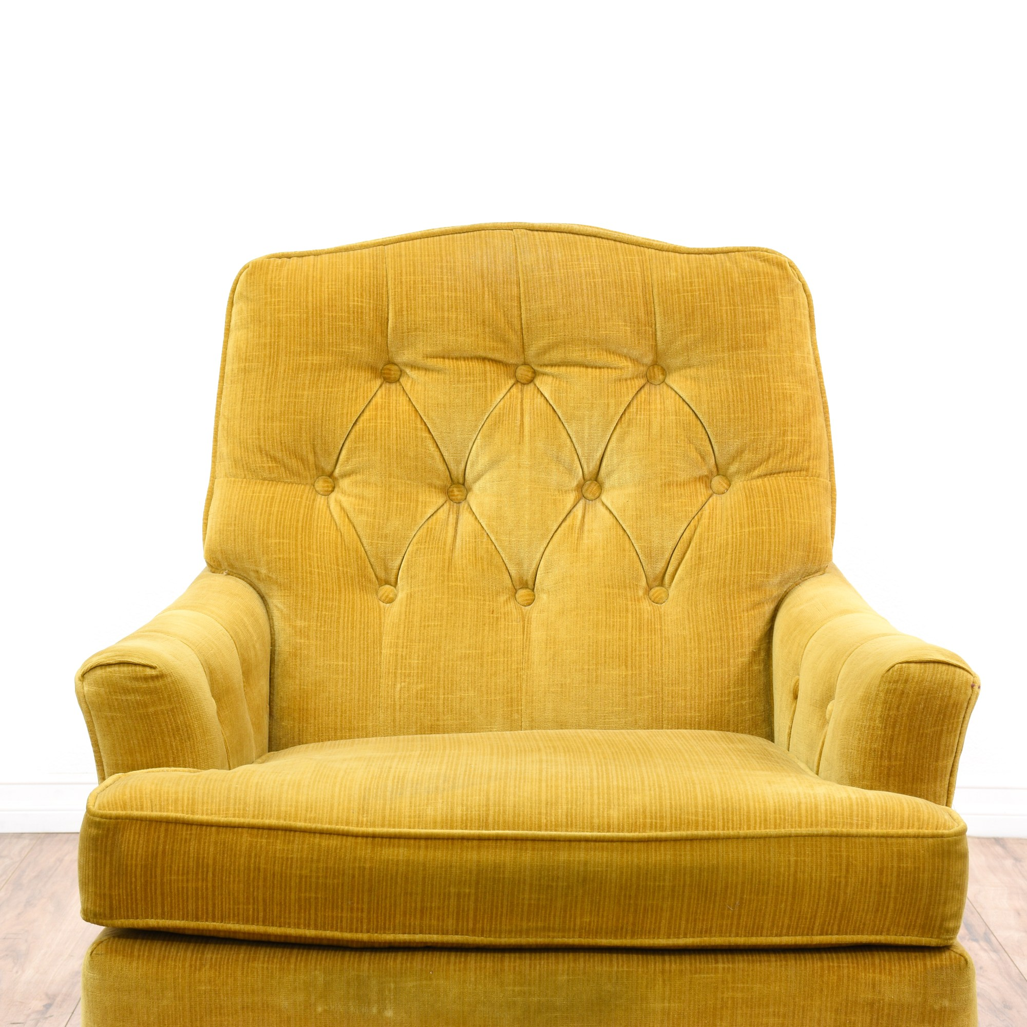 Gold Velvet Chair Quotwoodmark Quot Gold Velvet Chair W Tufted Back Loveseat