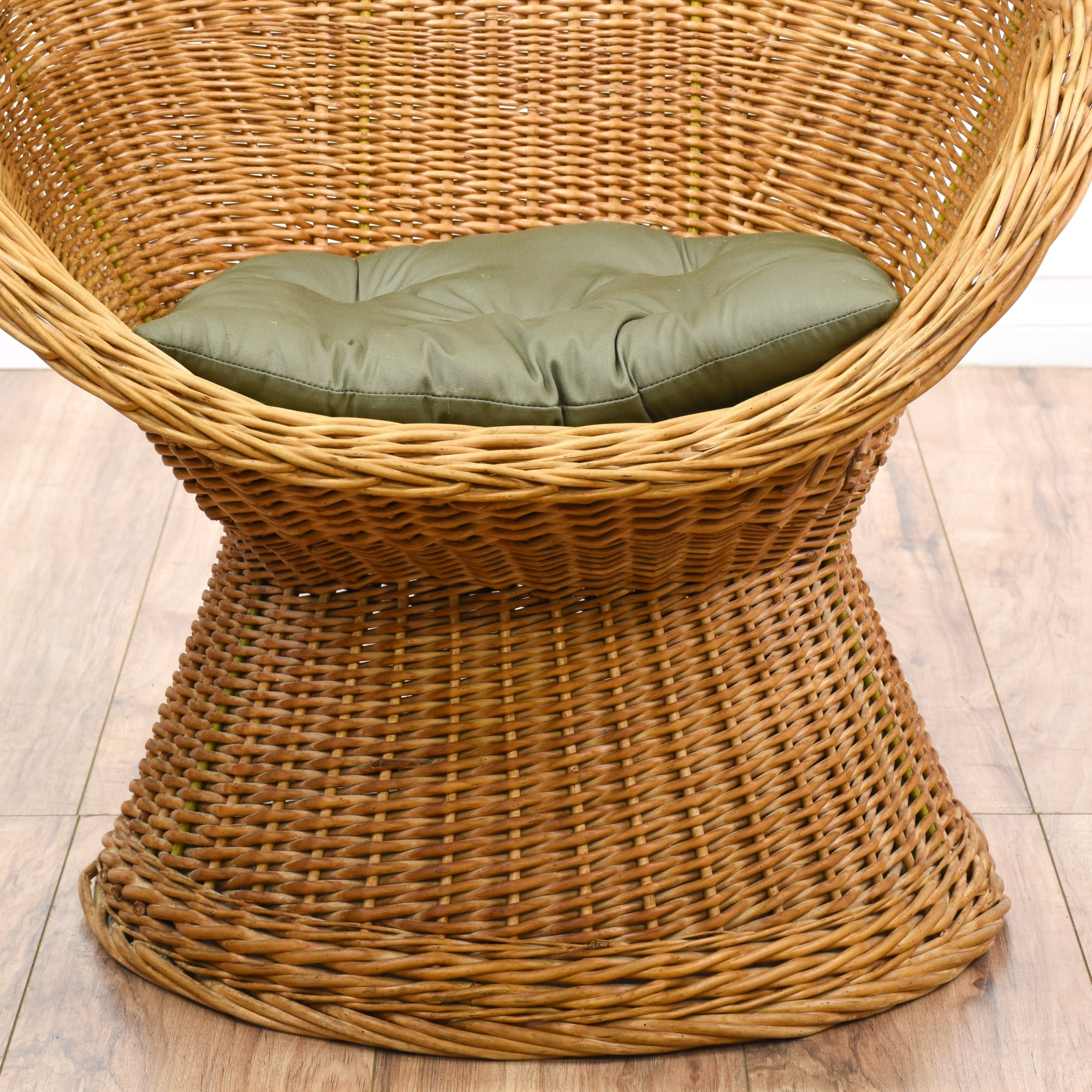 Wicker Egg Chairs Curved Rattan Woven Egg Chair Loveseat Vintage Furniture