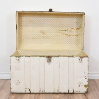 White Shabby Chic Steamer Trunk Coffee Table   Loveseat ...