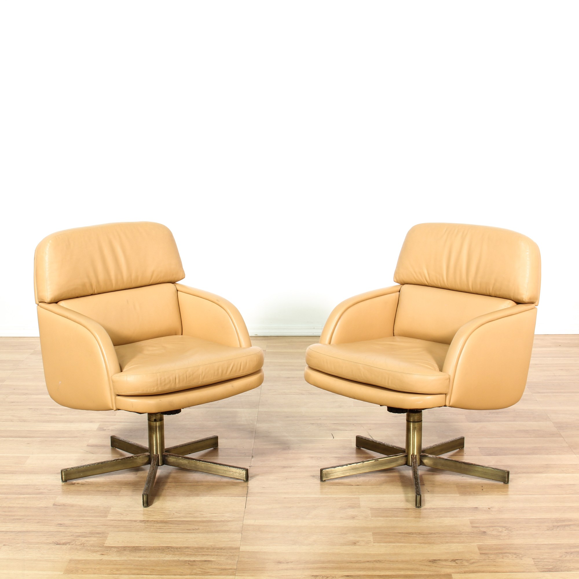 Tan Office Chair Pair Of Tan Swivel Office Chairs Loveseat Vintage
