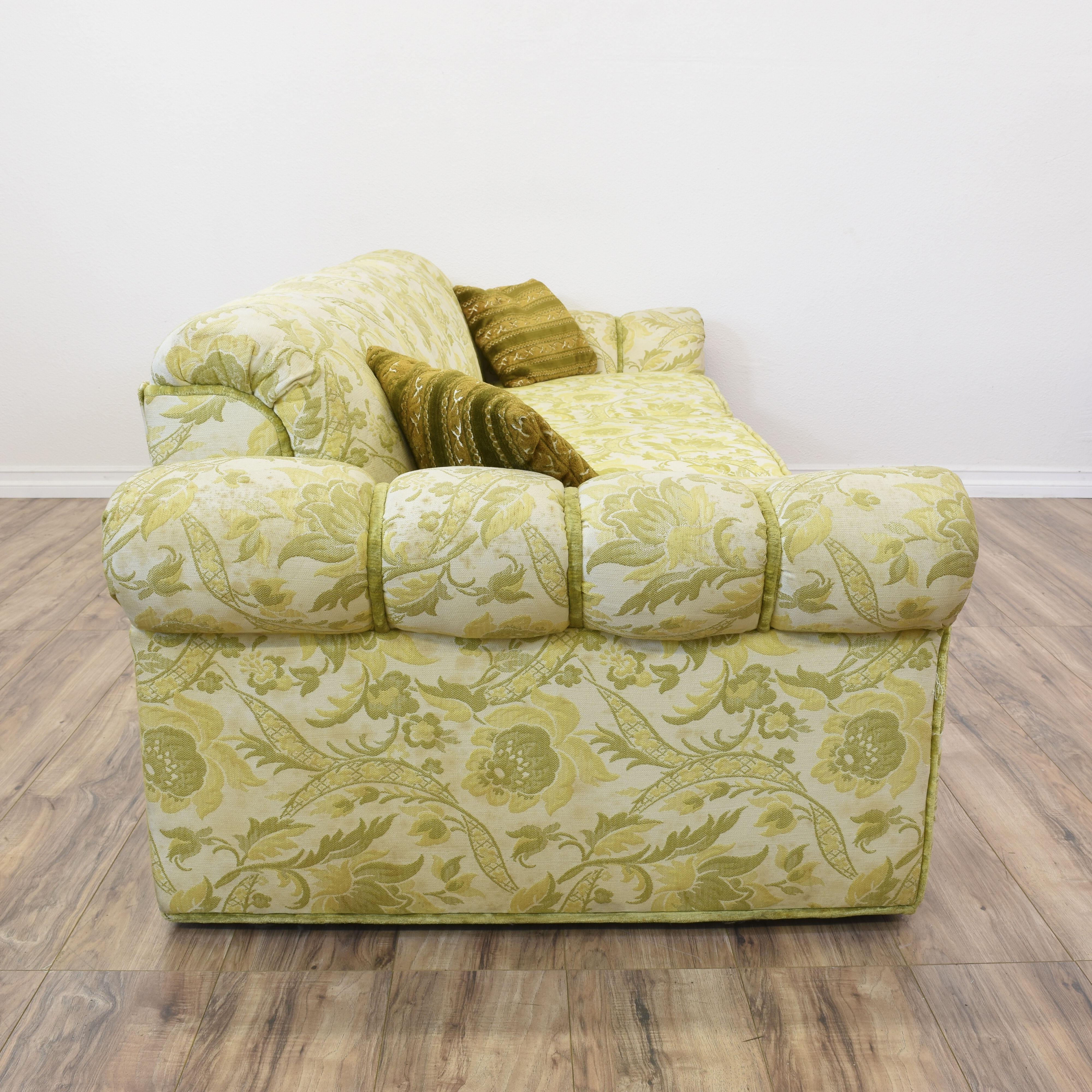 green floral sofa how to build a in minecraft pe long beige and paisley print loveseat