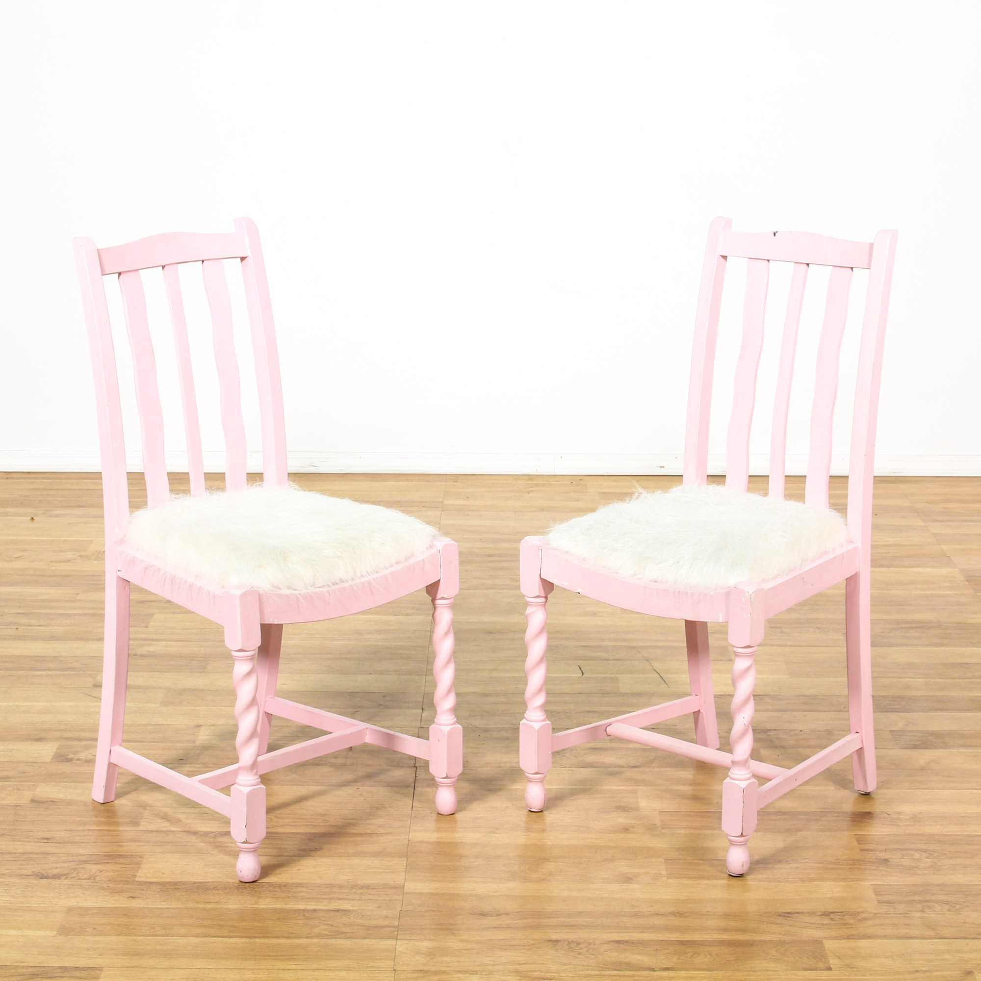 Pink Fluffy Chair Pair Of Pink Chairs W White Fuzzy Seats Loveseat