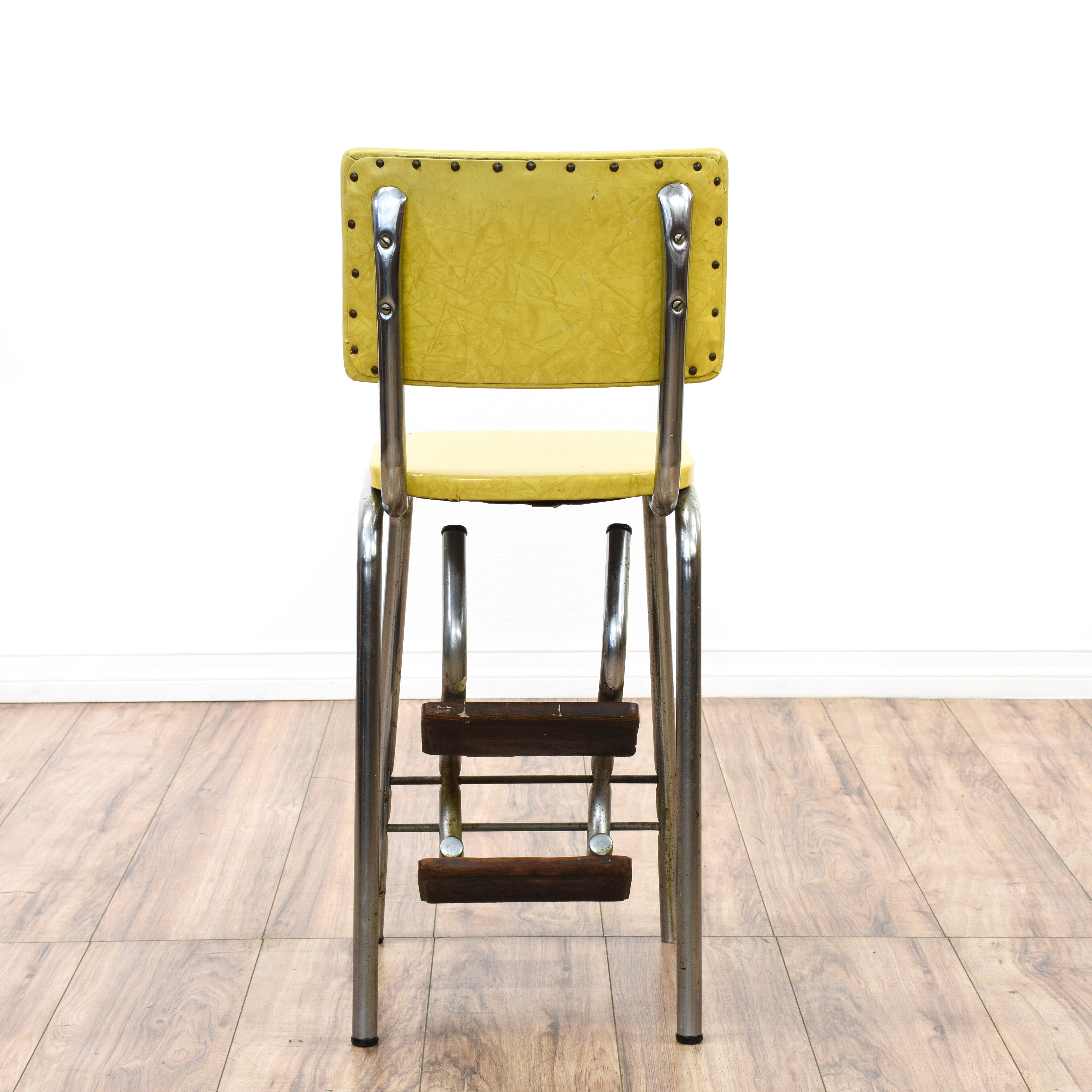old fashioned kitchen chair step stool cool gadgets retro industrial yellow loveseat vintage