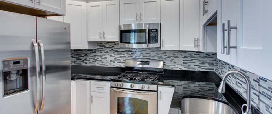 High Quality Cabinets  Granite Countertops  Lincoln NE
