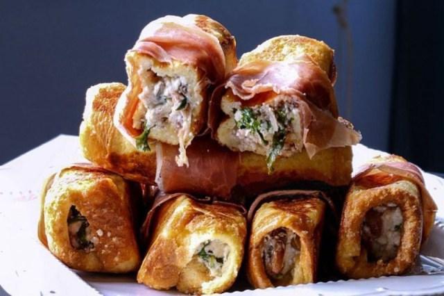 Рулетики с сыром, грибами и ветчиной еда, обед, работа