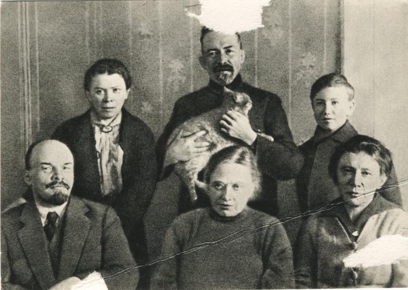 Картинки по запросу ленин семья