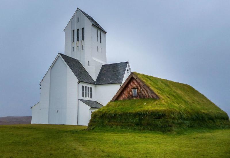 Скаульхольт, Исландия  дом, крыша, озеленение, скандинавия