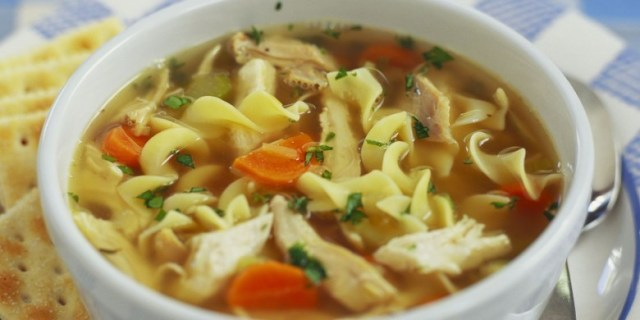 9. Куриный суп с лапшой кухня, мужчины, рецепты