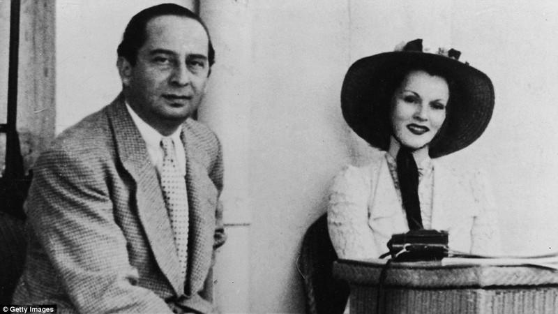 Первый раз актриса была замужем за турецким дипломатом Бурханом Бельге, брак продлился с 1937 по 1941 год Жа Жа Габор, актриса, жизнь, смерть