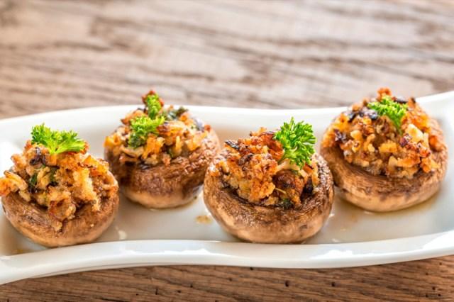 Фаршированные шампиньоны грибы, еда, жизнь, здоровые, шампиньоны