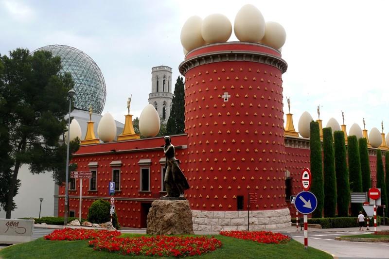 Театр-музей Дали архитектура, интересное, испания