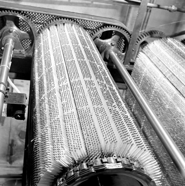Швеция. Изготовление спичек на однои из спичечных фабрик. 1940  история, события, фото
