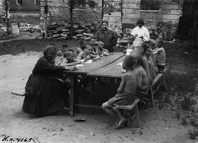 Класс для бывших беспризорников. Москва, 1925 год беспризорники, гражданская война, дети, история, редкие снимки, россия, сироты, фото