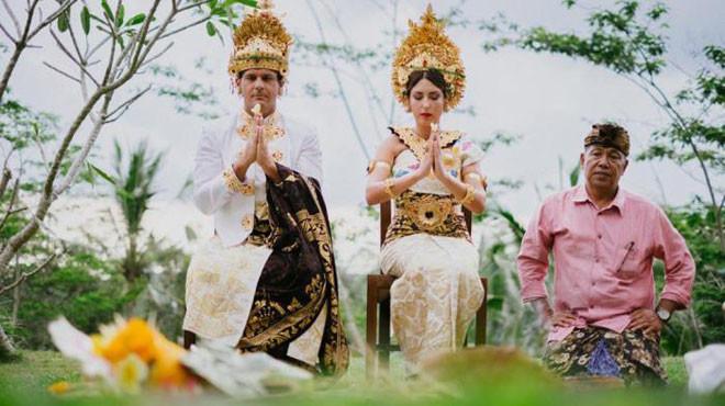 Бали, Индонезия в мире, жених, люди, невеста, обряд, одежда, свадьба, традиция