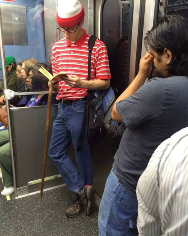 В образе  люди, метро, мир, подземка, прикол, фото, фрик, юмор