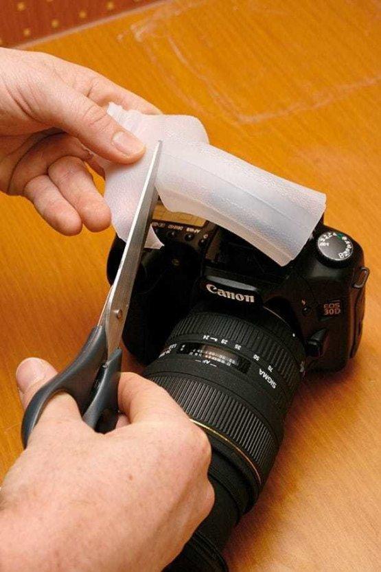 14. Рассеиватель для вспышки можно смастерить из пластиковой бутылки или упаковки идеи, интересно, камера, полезно, советы, трюки, фото, фотоаппарат