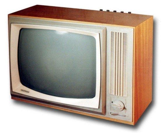 Конечно же главным бытовым прибором в доме всегда был и остаётся телевизор. СССР, история, сделай сам